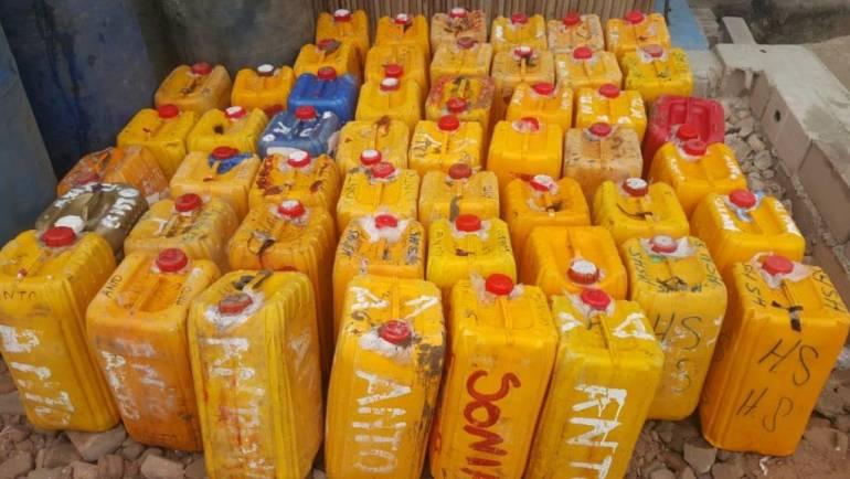 Polícia frustra contrabando de mais de mil litros de combustível no Cambulo