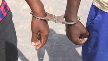 Idoso é detido por roubar dinheiro dos sobas