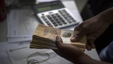 Angolano apanhado com mais de 66 mil euros em Luanda